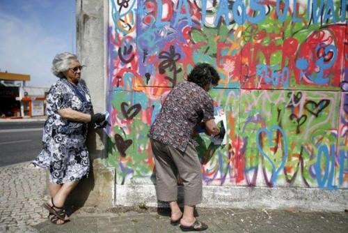 8_Grandma-Graffiti-Gangs-Portugal