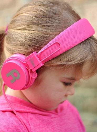 Chill-Headphones-for-Kids-01